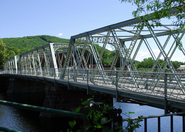 Iron Bridge, Junction of Route 9 and 112