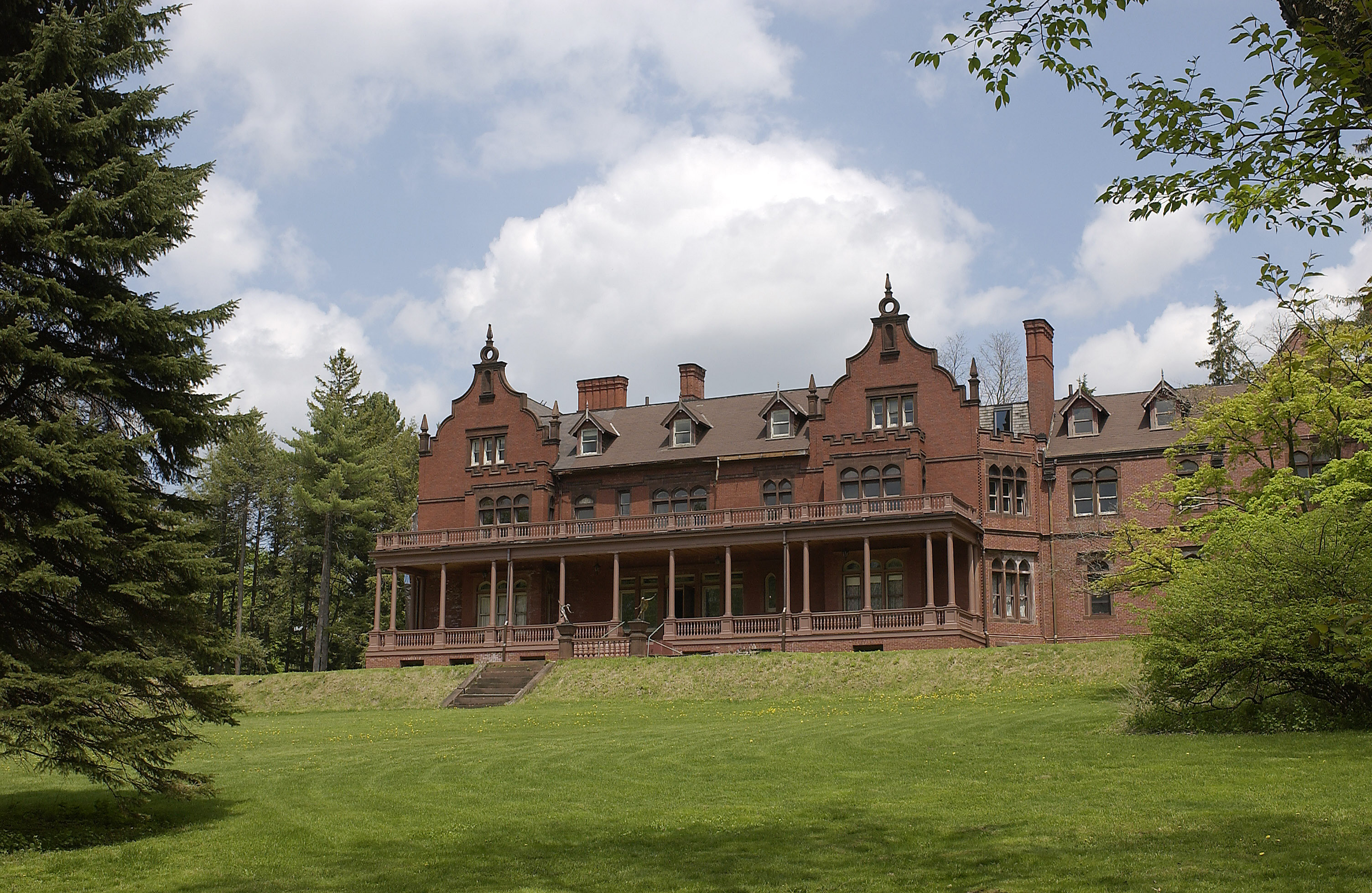 Ventfort Hall Mansion and Gilded Age Museum