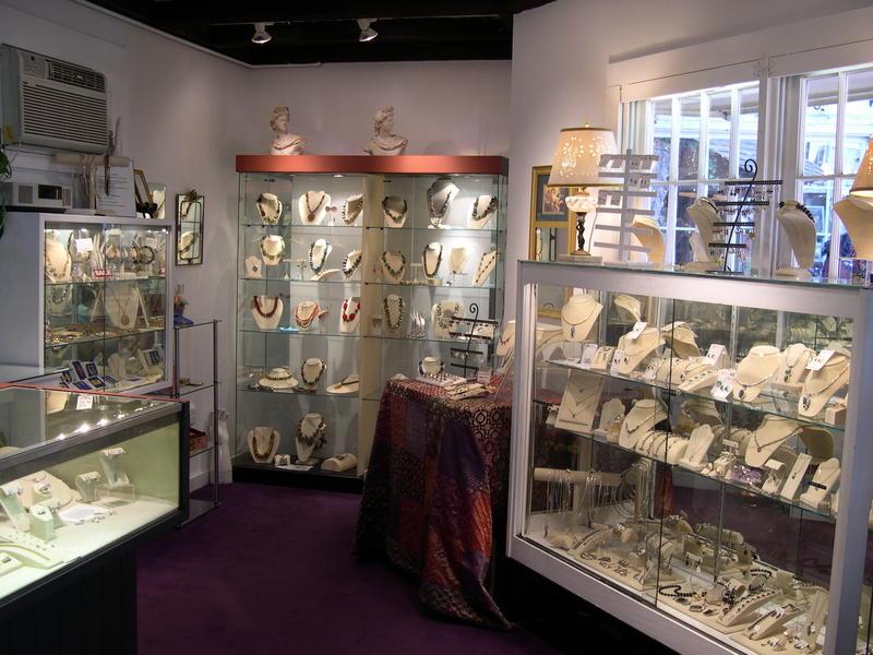Robin Fleet / Heirlooms Jewelry